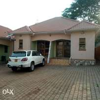 New executive self contained double for rent in namugongo at 350k