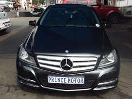 Pre Owned 2006 Mercedes Benz E-200 Automatic