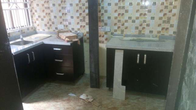 3bedroom flat at omole phase2 Ojodu - image 7