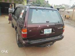 Registered Nissan pathfinder 1997 Model