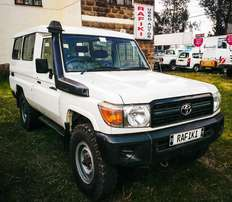 *AS NEW* Landcruiser Hardtop 3 Door HZJ78 4,200cc Diesel local spec