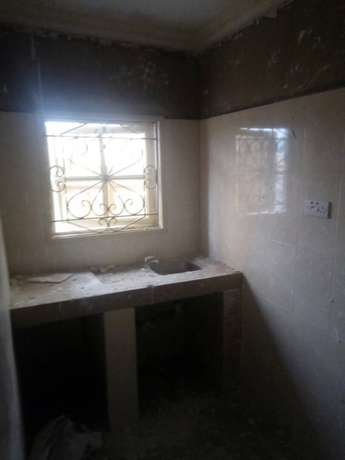 2 bedroom for rent in satellite town 350k Oriade - image 4