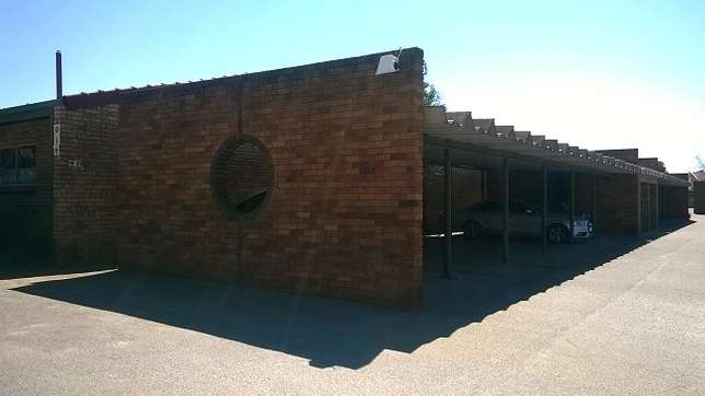 Townhouse for sale Potchefstroom - image 3
