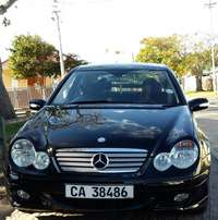 Mercedes Benz C230 Kompessor C-Class Parktronic/Supercharged Edition
