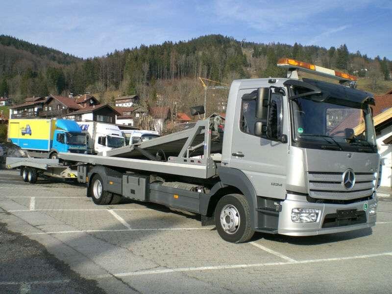 Mercedes-Benz 1224 L Atego Doppelstock mit FGS TTL35 Anhänger - 2016 - image 2