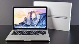 Apple Macbook Pro Retina i7, 2.2Ghz Quad Core, 15 Inch, 256GB HDD,