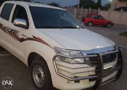 almost like tokunbo Toyota hilux 2013 with manual transmission