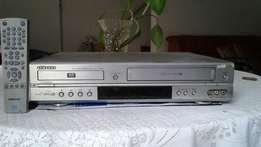 Samsung Dvd/ Video machine Combo with remote