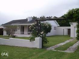 Lovely Home in Fernglen, Port Elizabeth