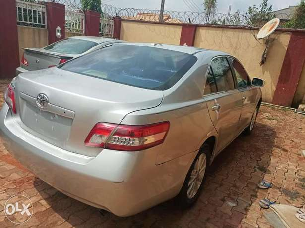Urgent sales cheap Just landed clean 2010 Toyota Camry Benin City - image 8