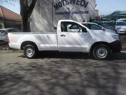 Toyota Hilux 3.0 D4D, 2009 model, White in color