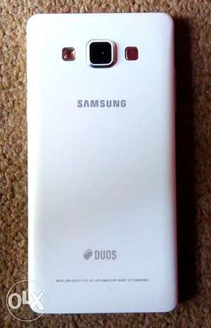 Very Clean 3months old Samsung A5 Phone 4 sale Port Harcourt - image 2
