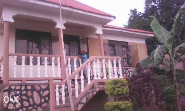 house kyengera for sale very cheap price Kampala - image 8