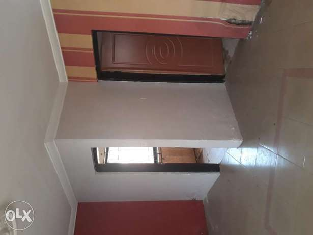 A very spacious room self contain to Let in wuse zone 6 Wuse - image 8