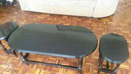 Coffee table with 4 stools