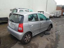 2006 KIA PICANTO Breaking for Spares.