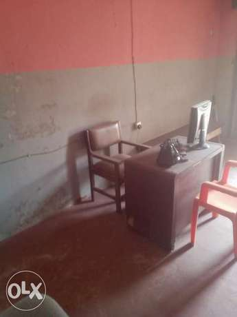 Already equipped office for leas Ibadan North - image 2
