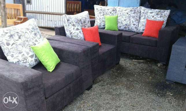 Ready 6 Seater sofas Westlands - image 8