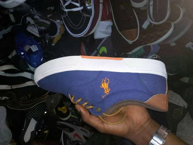 Polo sneakers Lagos Island West - image 1