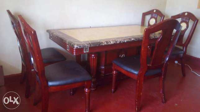 6 seater mahogany dinning,table top made of marble stone Dagoretti - image 1
