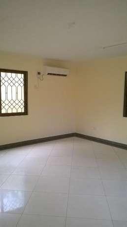 4 bedrooms executive mansiontte own compound Nyali - image 5