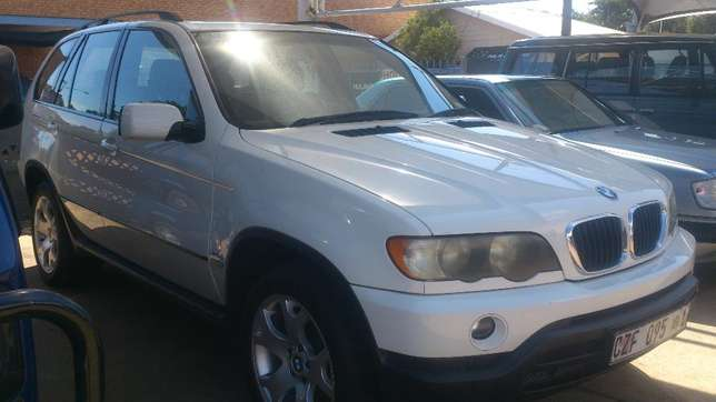 2003 Bmw 5X 3.0d A/T in a very good condition Nylstroom - image 1