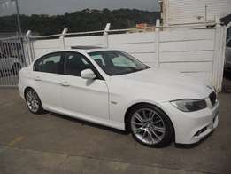 BMW 320i M Sport 6 Speed