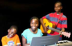 Music Lessons -Guitar,Piano,Vocals Nairobi West - image 1