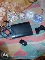 ps3 wit a controller nd all th cables