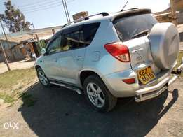 Toyota rav 4 clean and neat