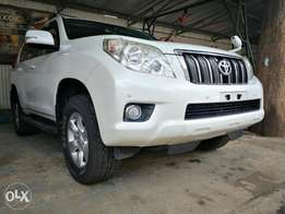 All colours KCP 2011 With SUNROOF Prado 2011 7 seater