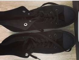 Mens 2nd hand shoes 6 prs for R500