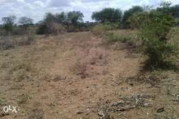 Unbelievable offer 3 matuu plots for less.