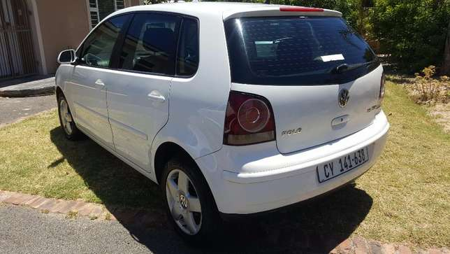 2006 VW Polo 1.9 TDI (PRIVATE SALE) Full Books!! Kuils River - image 8