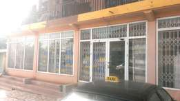 Adorable 5in1office space shop for rent in ashaiman