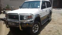 Mitsubishi Pajero 3.5lt V6 with 4X4 for sale