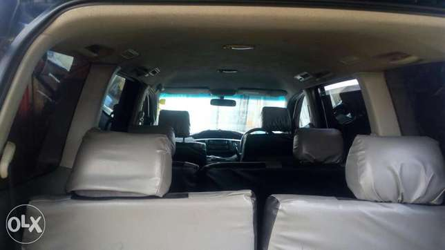 Toyota voxy for sell Embakasi - image 4