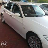 2006 BMW 320i manual/petrol exceptional condition. R80000