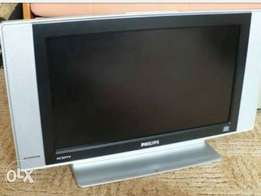 "Philips 20"" wide-screen LCD Tv with stand and remote"