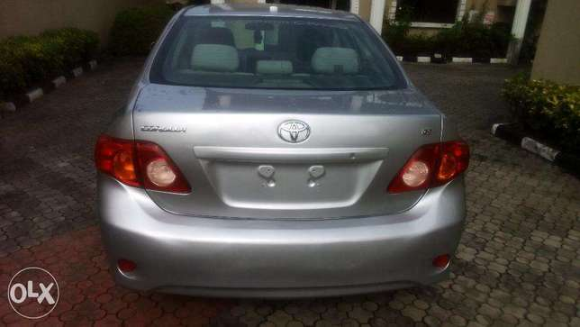 super clean american spec tokunbo corolla 2009 model for 2.55m Lekki - image 1