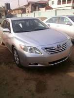 A Tokunbo Toyota camry xle (thumb start)