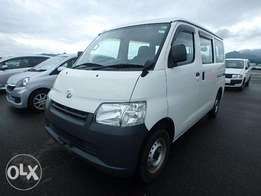 Offer! Townace : cash(780k) or hire purchase