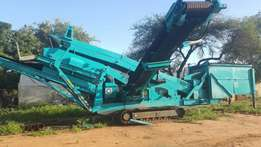 Screening and crusher plants