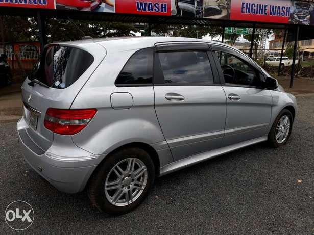Mercedes Benz B180 Kcn. New Arrival South B - image 3