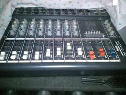 """2x Dixon dual 15"""" boxes and 8 channel amp mixer R5000"""