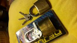 Padlocks 1x Tricicle 1xDejuca