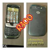 9800 bold in perfect condition for sale R300 or swap wth 9900