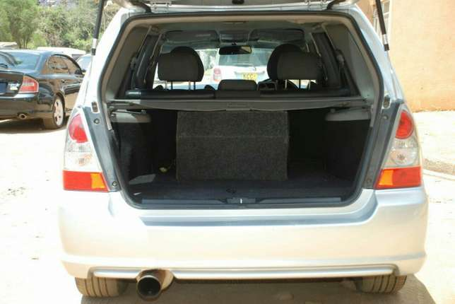 Subaru Forester year 2006 Model Kilimani - image 6