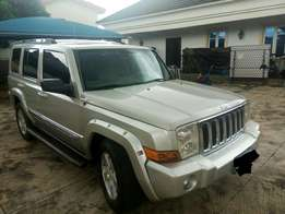 Classic Commander 4*4 jeep for sale - 3 seaters, Keyless entry