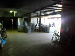 2000m2 offices with warehouse for sale in Alrode South